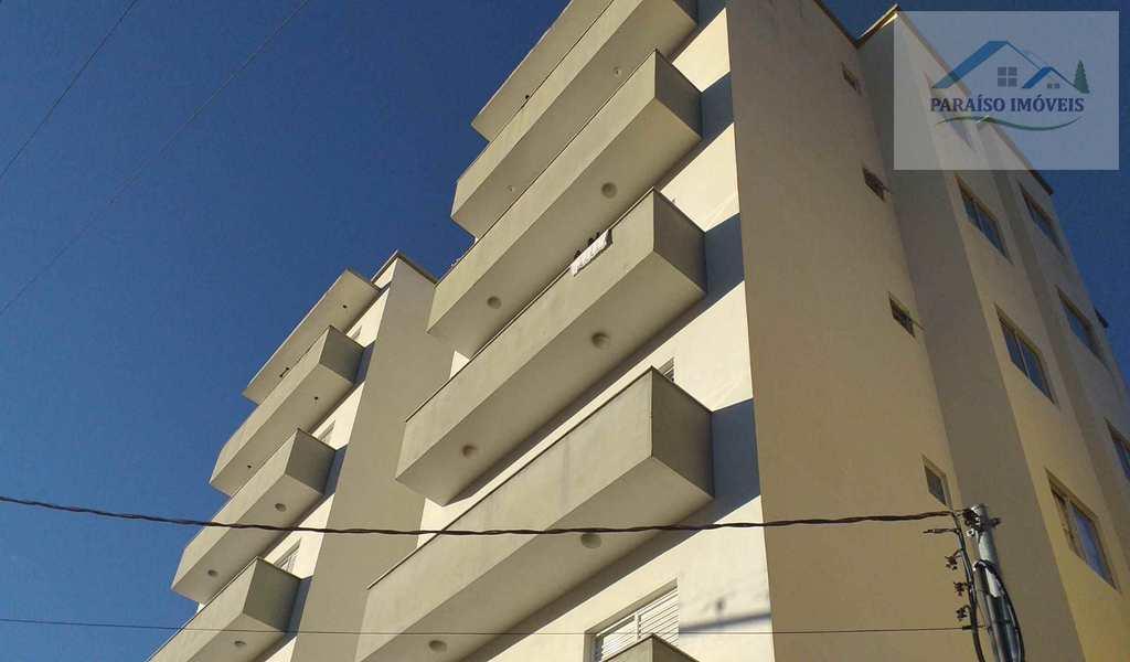 Apartamento em Paraisópolis, bairro Centro