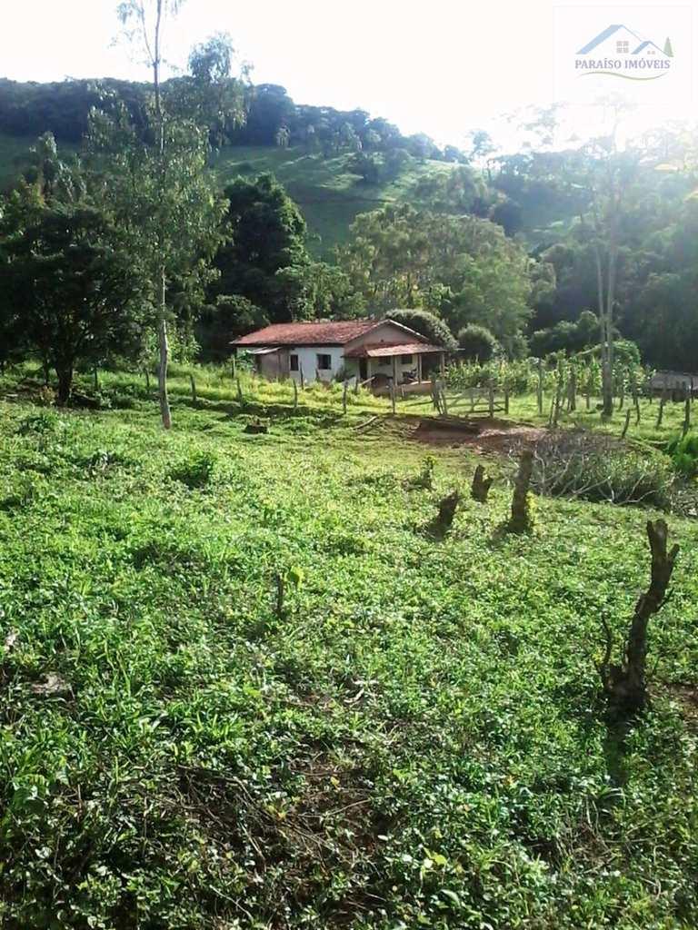 Chácara em Brazópolis, no bairro Cruz Vera