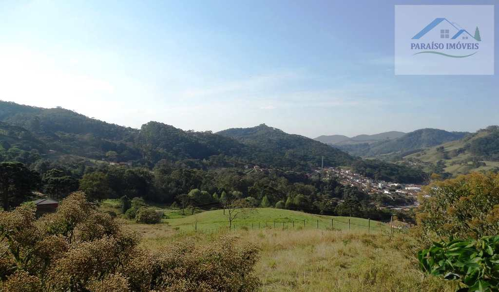 Terreno em Gonçalves, bairro Centro