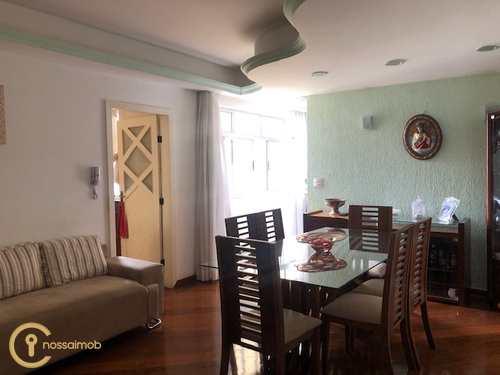 Apartamento, código 18 em Divinópolis, bairro Centro