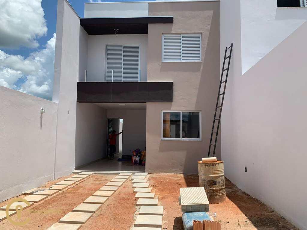 Casa em Divinópolis, no bairro São Roque