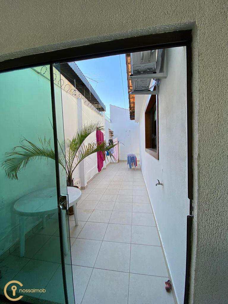 Casa em Divinópolis, no bairro Manoel Valinhas