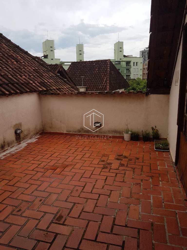 Casa de Condomínio em Guarujá, no bairro Jardim Três Marias