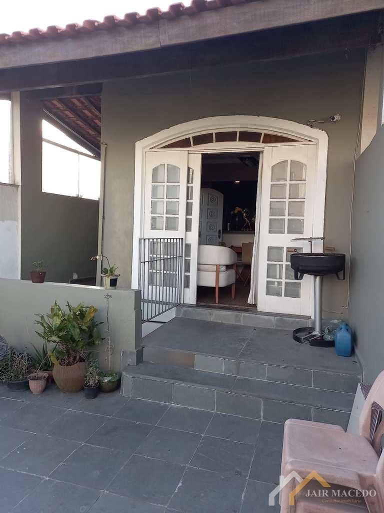 Casa em Taboão da Serra, no bairro Jardim Ouro Preto