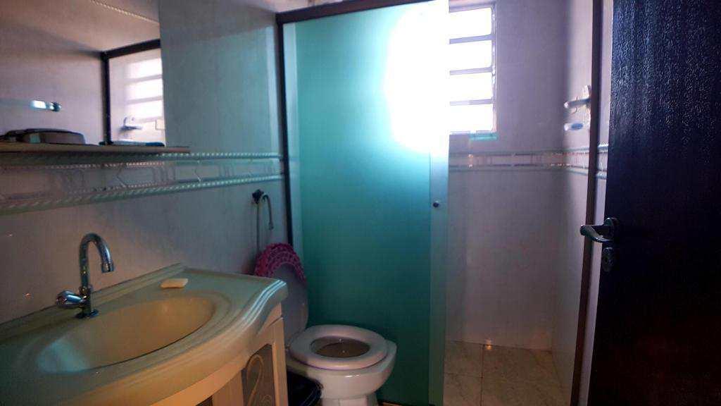 Casa com 3 dorms, Balneário Jussara, Mongaguá - R$ 350 mil, Cod: 279324
