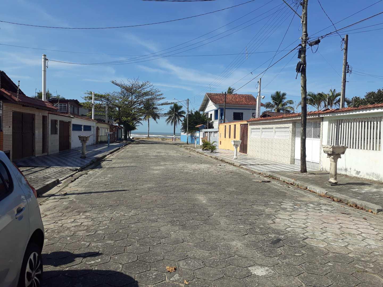 Casa com 4 dorms, Agenor de Campos, Mongaguá - R$ 295 mil.
