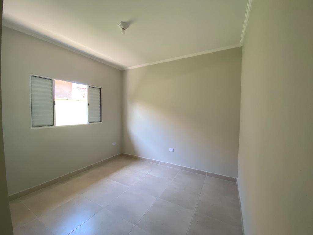 Casa com 2 dorms, Jussara, Mongaguá - R$ 285 mil