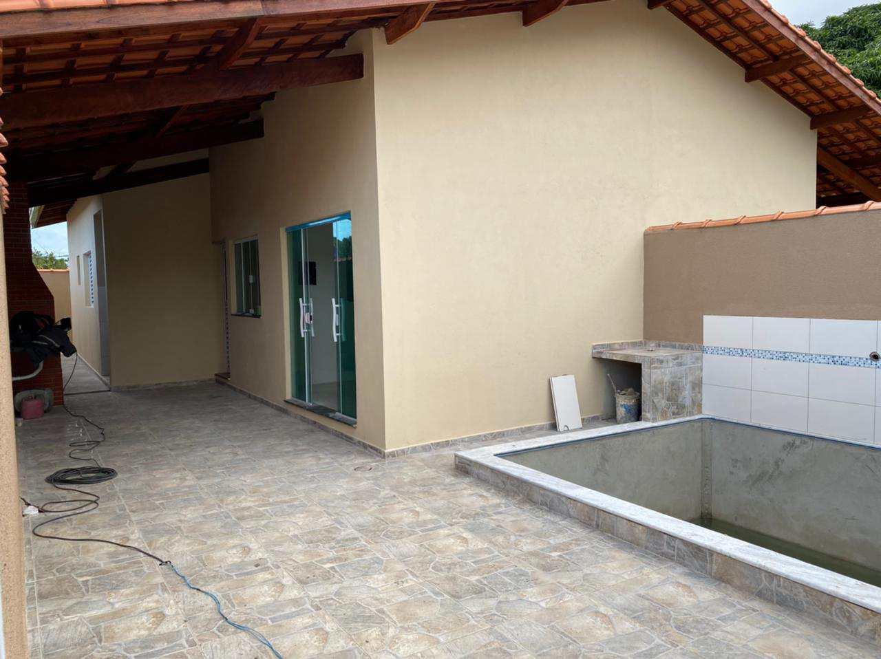 Casas Novas com Piscina em Itanhaém - R$ 259 mil
