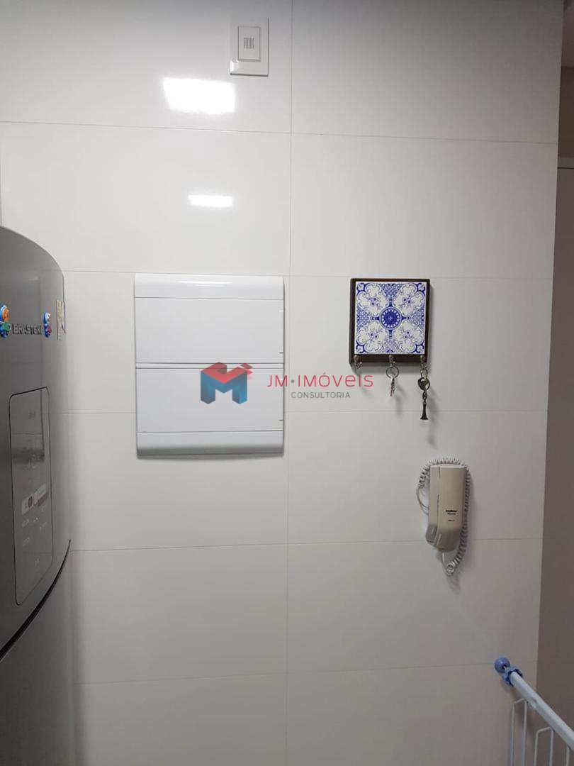 Apartamento com 2 dorms, Dos Casa, São Bernardo do Campo - R$ 350 mil, Cod: 413954