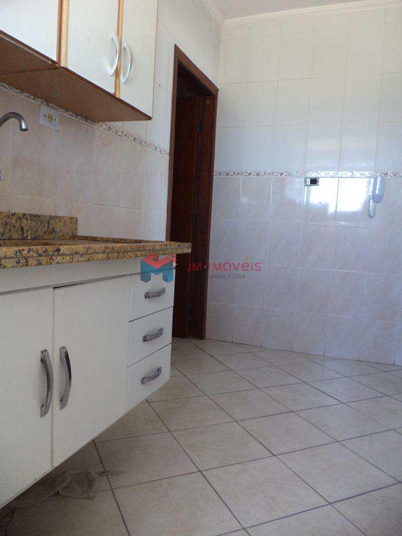 Apartamento com 2 dorms, Caiçara, Praia Grande - R$ 240 mil, Cod: 414040
