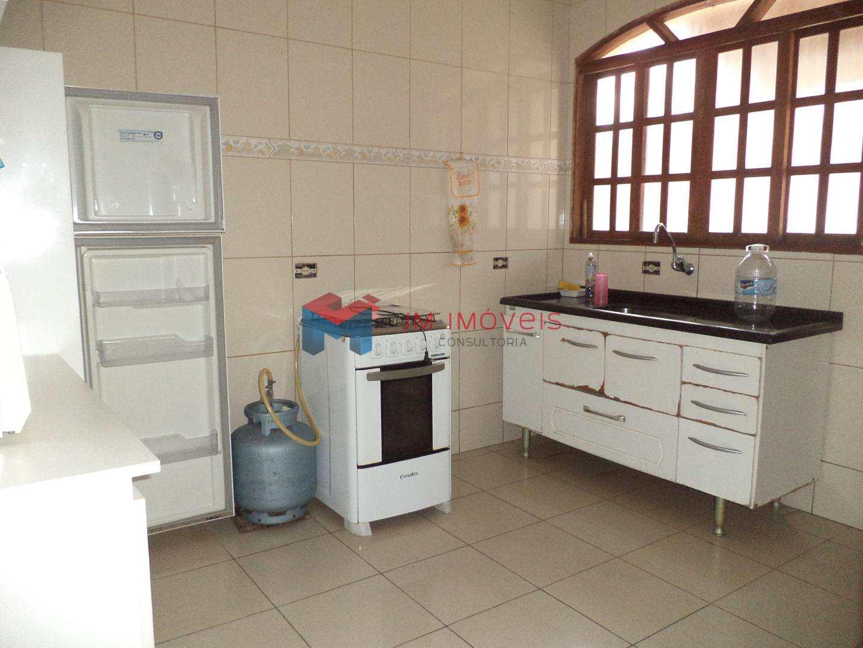 Casa com 3 dorms, Caiçara, Praia Grande - R$ 350 mil, Cod: 414173