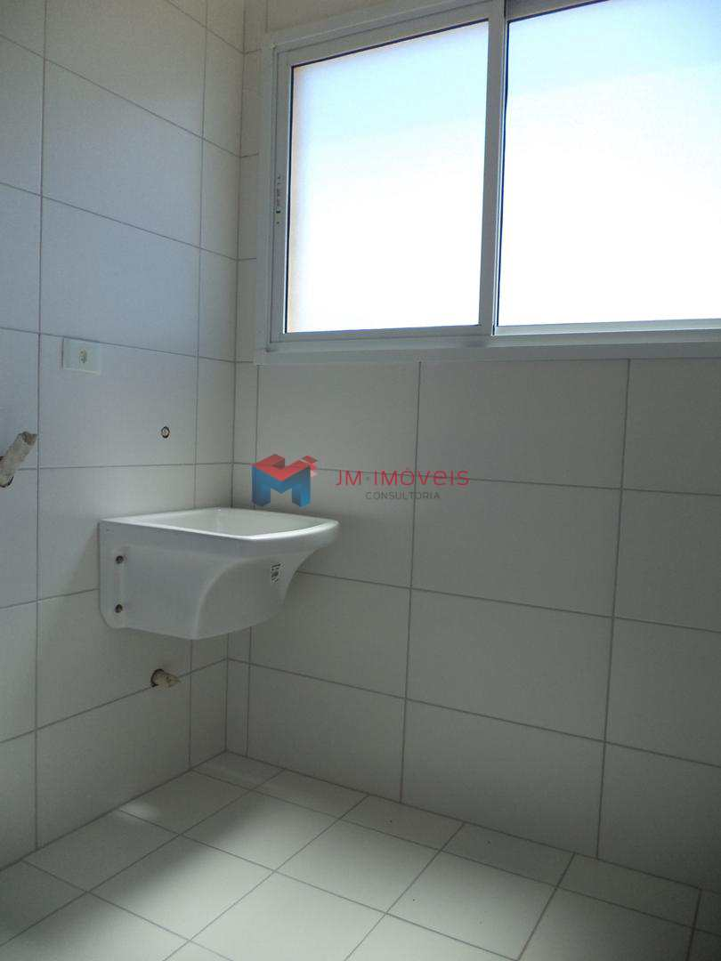 Apartamento com 2 dorms, Caiçara, Praia Grande - R$ 330 mil, Cod: 414224
