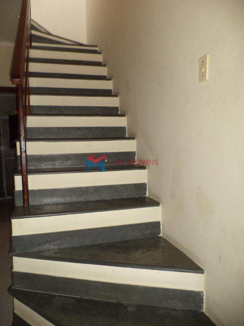 Casa com 3 dorms, Caiçara, Praia Grande - R$ 350 mil, Cod: 414232