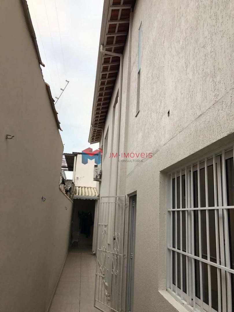 Sobrado com 3 dorms, Boqueirão, Praia Grande - R$ 880 mil, Cod: 414370
