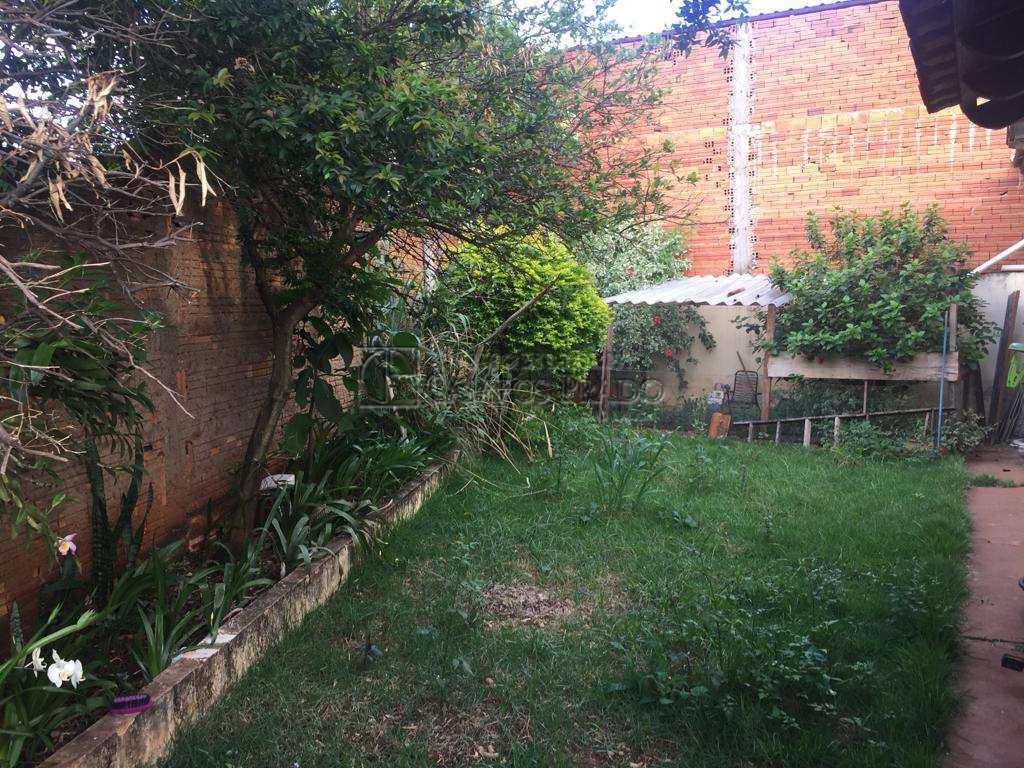 Casa com 3 dorms, Jardim Itamarati, Jaú - R$ 230.000,00, 100m² - Codigo: 47545