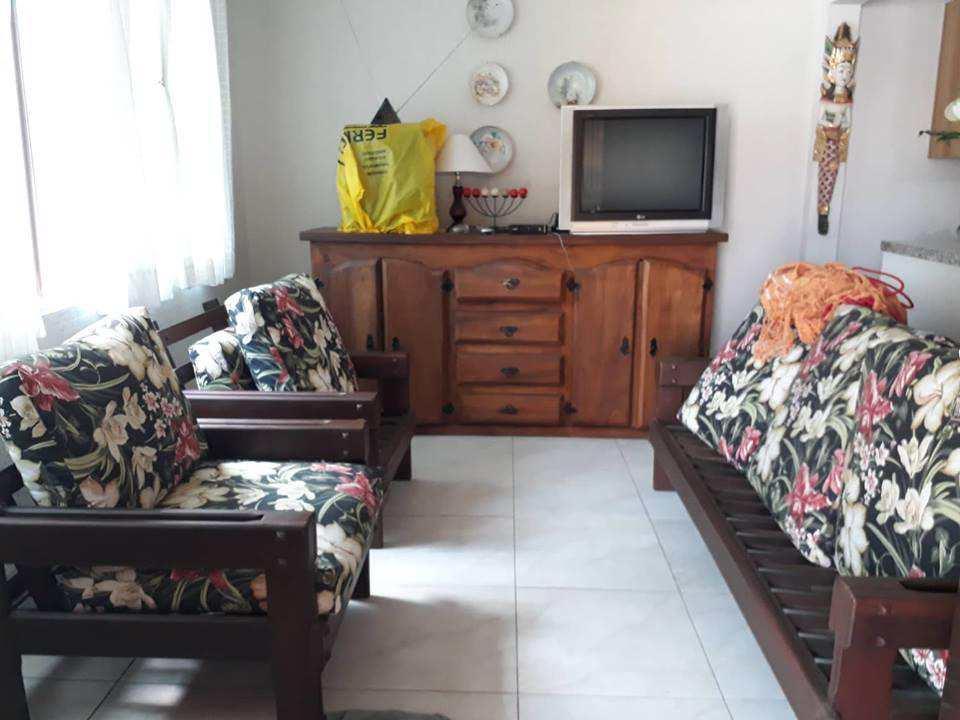 Casa com 2 dorms, Jardim Mosteiro, Itanhaém - R$ 450 mil, Cod: 4652
