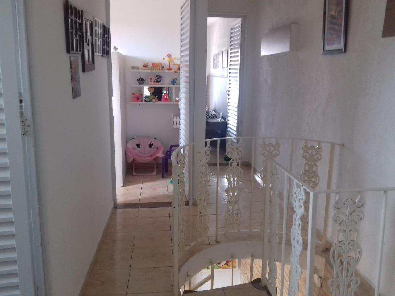 Sobrado com 3 dorms, Savoy, Itanhaém - R$ 375 mil, Cod: 4845