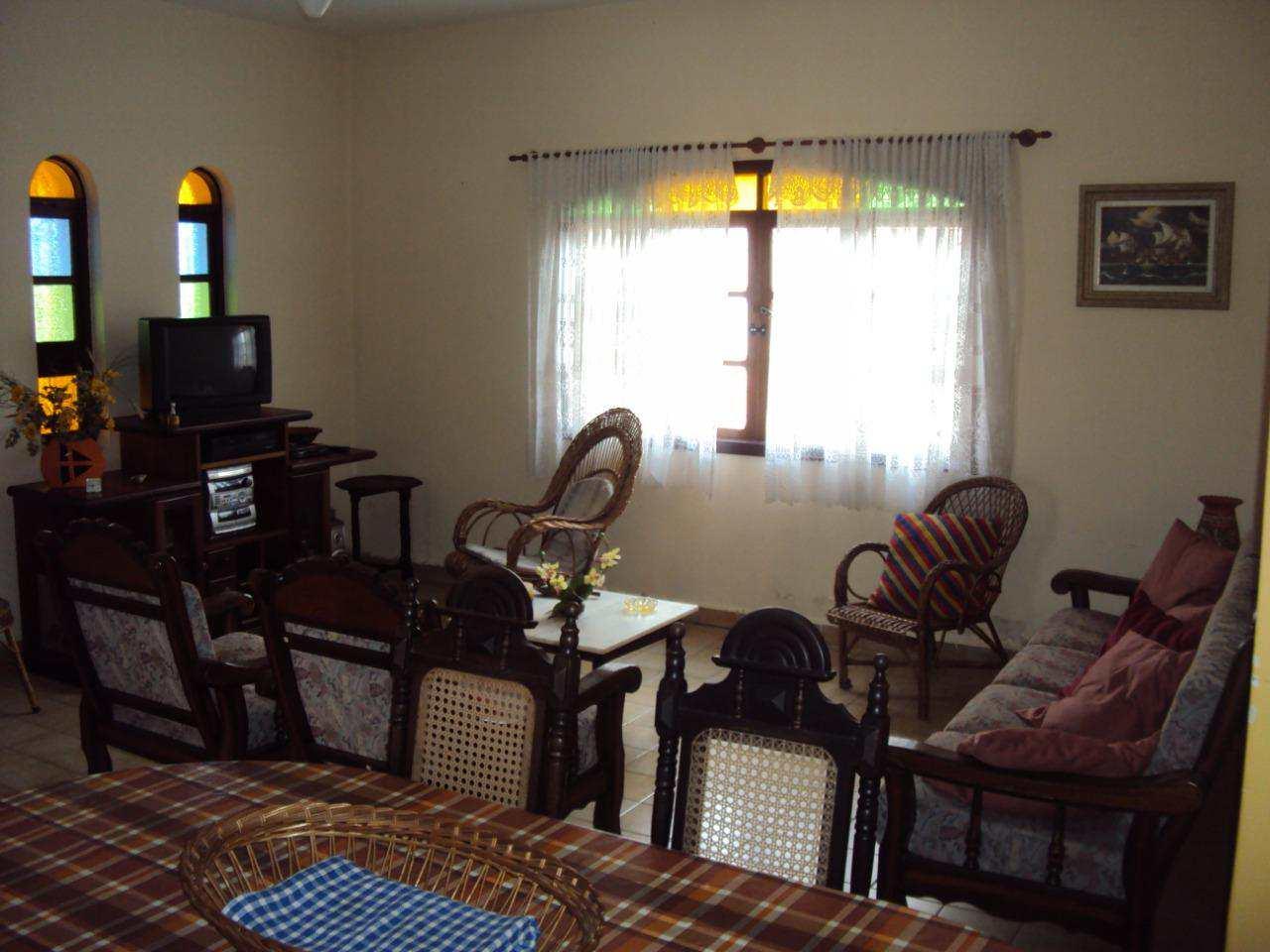 Casa com 3 dorms, Suarão, Itanhaém - R$ 360.000,00, 0m² - Codigo: 4904