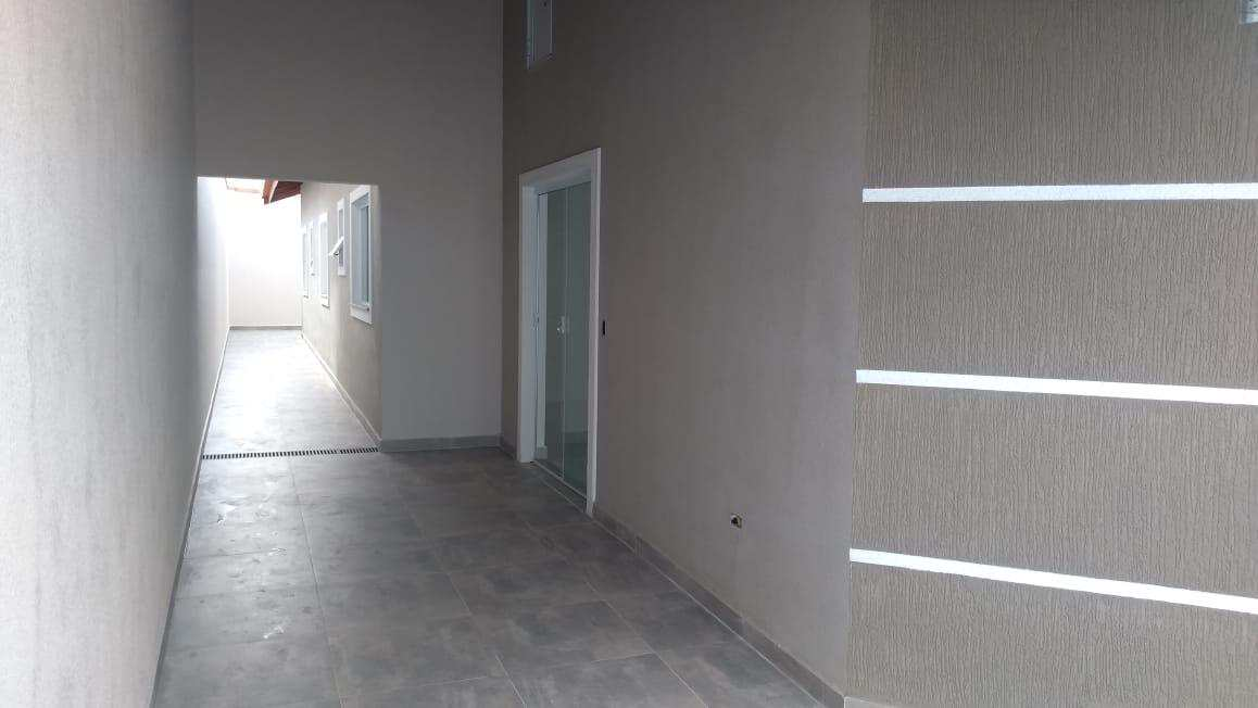 Casa com Piscina - Itanhaém - R$ 238 mil, Cod: 4967