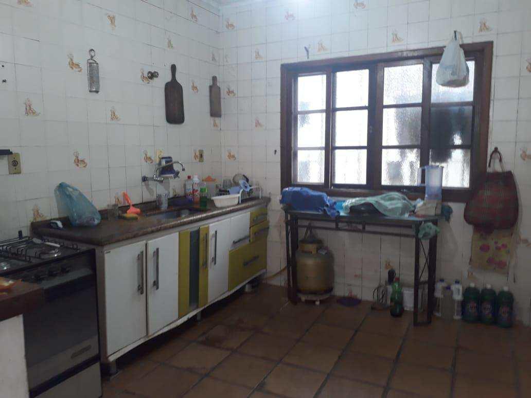 Casa com 3 dorms, Bopiranga, Itanhaém - R$ 250 mil, Cod: 4980