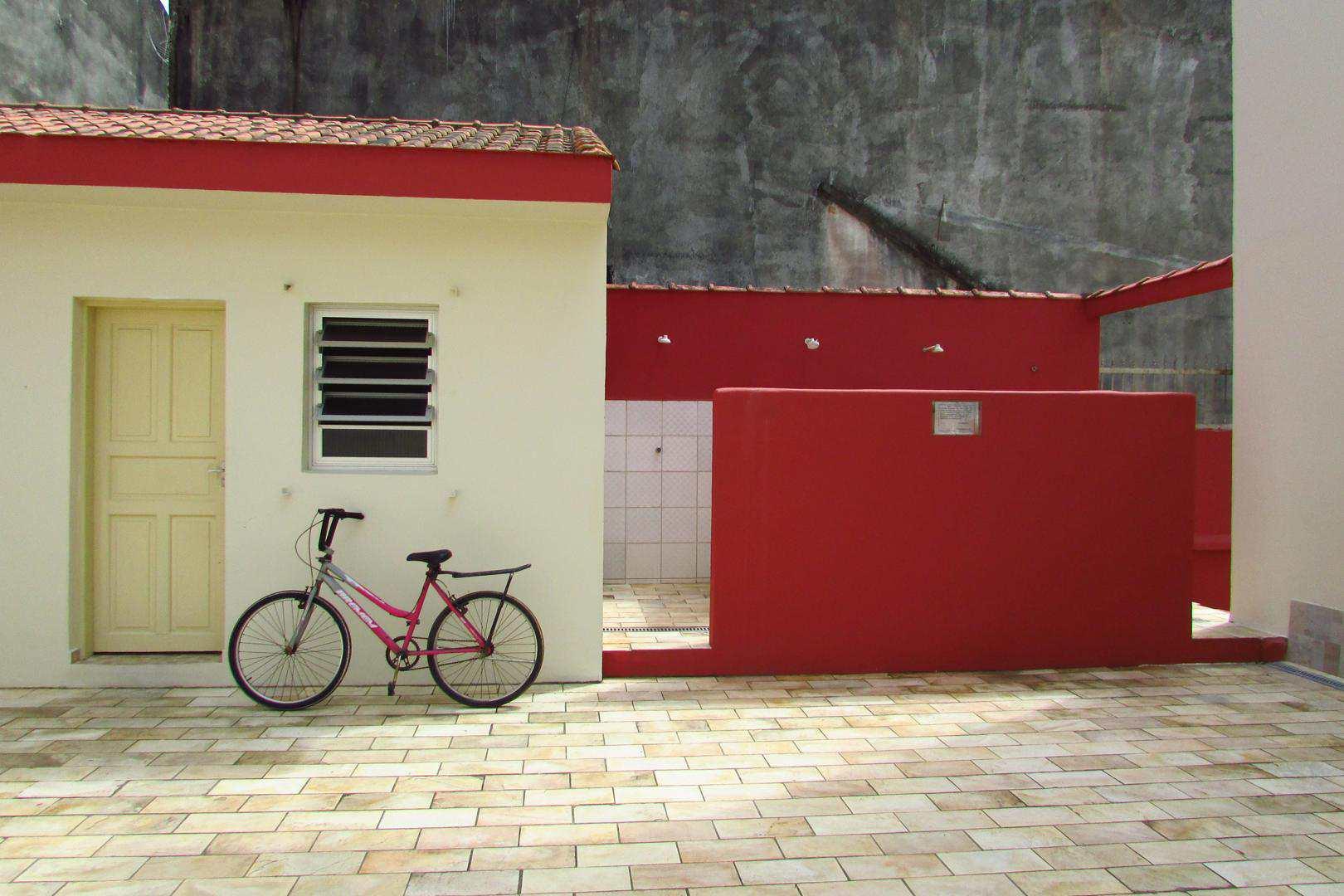 Apartamento com 3 dorms, Centro, Itanhaém - R$ 320 mil, Cod: 4990