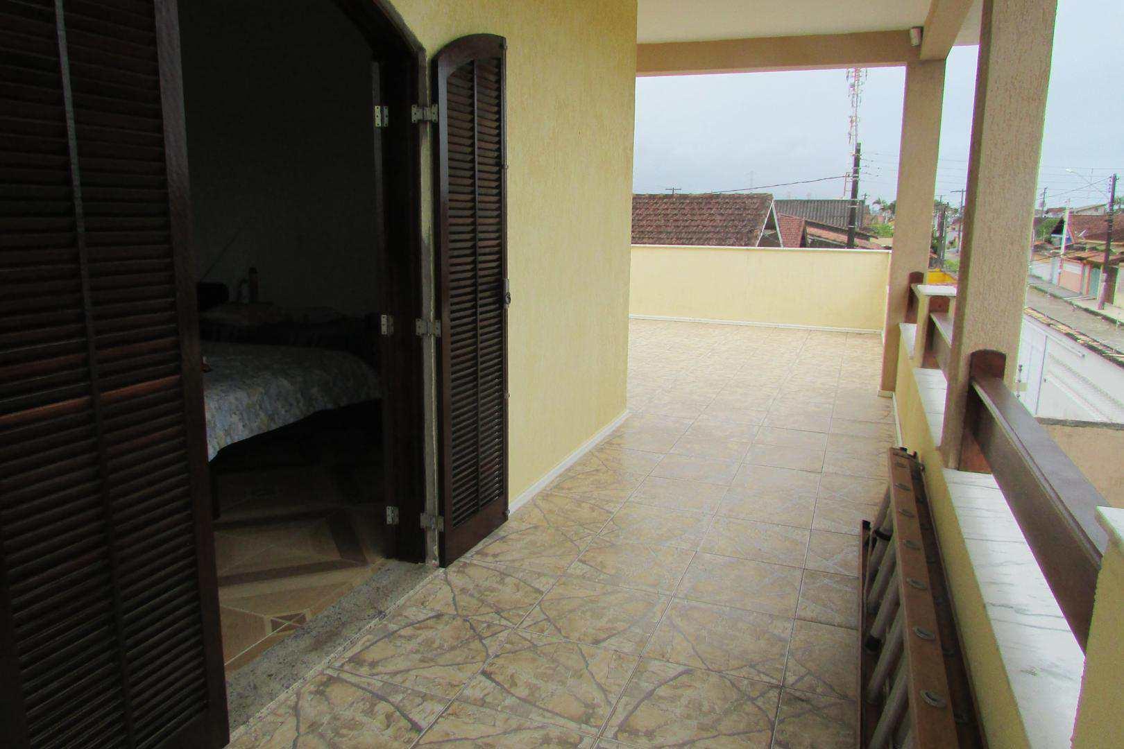 Sobrado com 4 dorms, Jardim Suarão, Itanhaém - R$ 520 mil, Cod: 5000