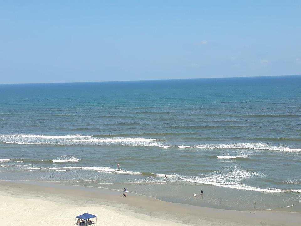 Lindo Apartamento 3 dormitórios, pé na areia Resort Itanhaém