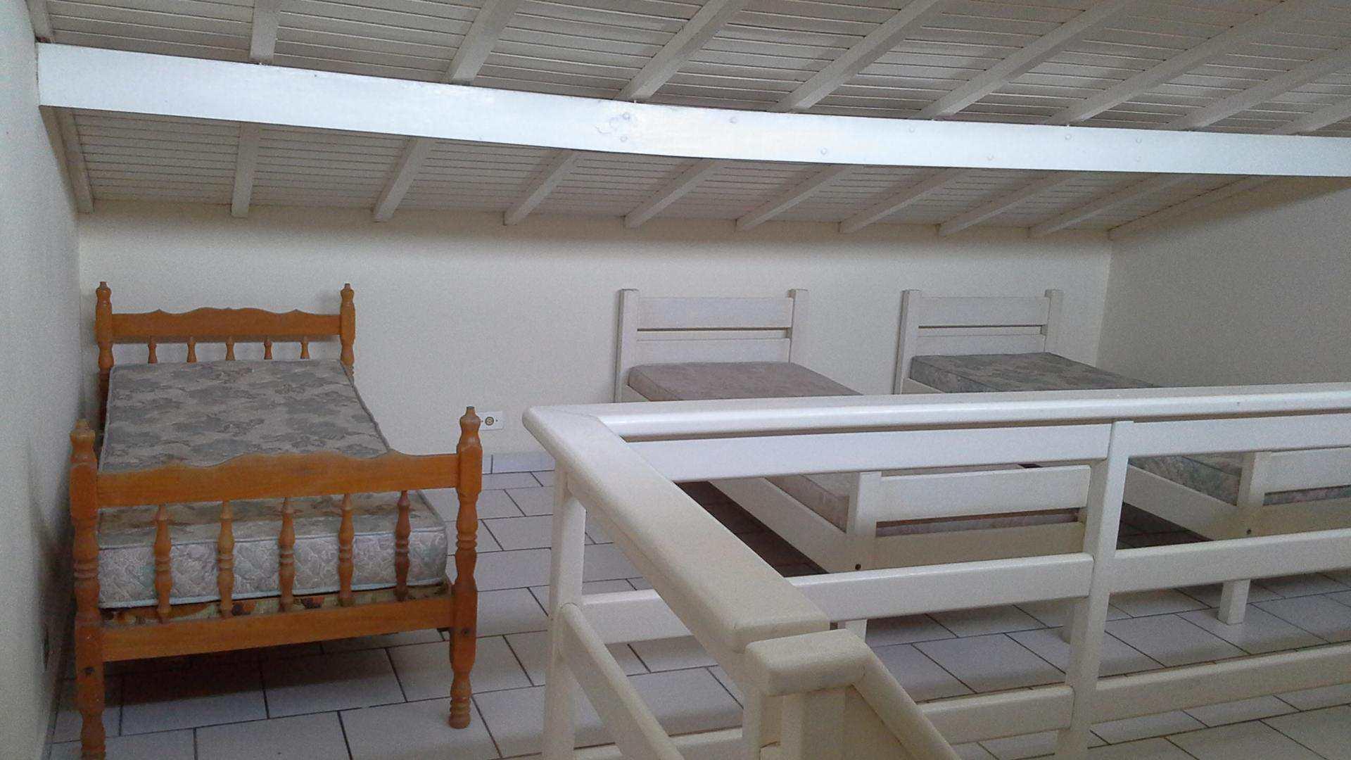 Sobrado com 6 dorms, Jardim Suarão, Itanhaém - R$ 450 mil, Cod: 5024