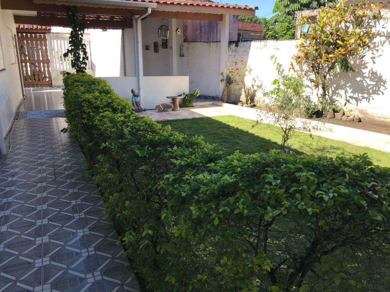 Casa com 3 dorms, Suarão, Itanhaém - R$ 520 mil, Cod: 5121