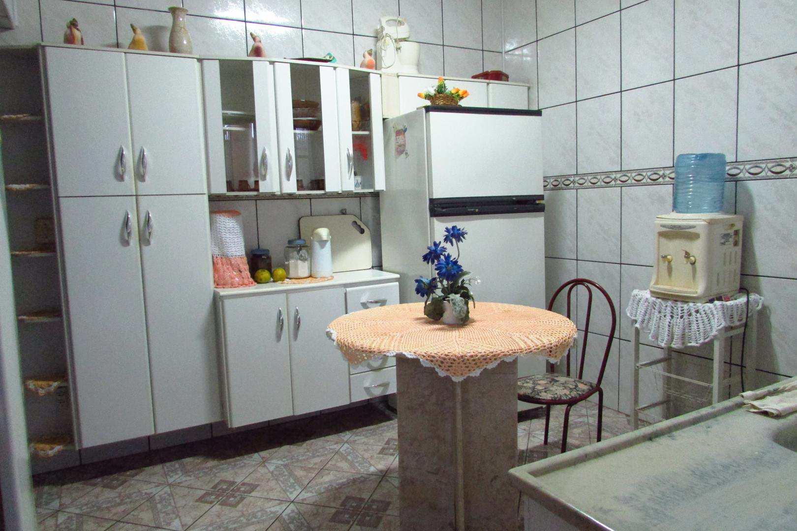Casa com 3 dorms, Jardim Santa Júlia, Itanhaém - R$ 320 mil, Cod: 5177