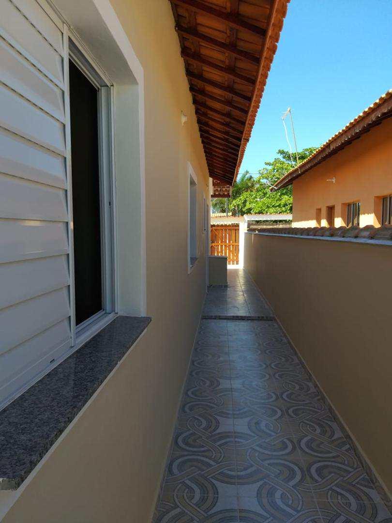 Linda casa nova geminada Nova Itanhaém