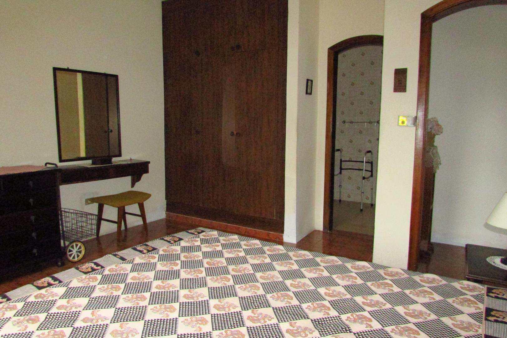 Casa com Piscina, Suarão, Itanhaém - R$ 500 mil, Cod: 5196