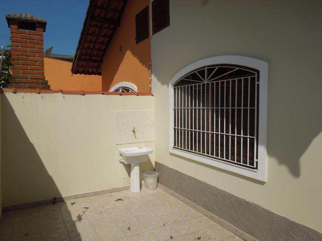 Casa com 2 dorms, Suarão, Itanhaém - R$ 200 mil, Cod: 5215