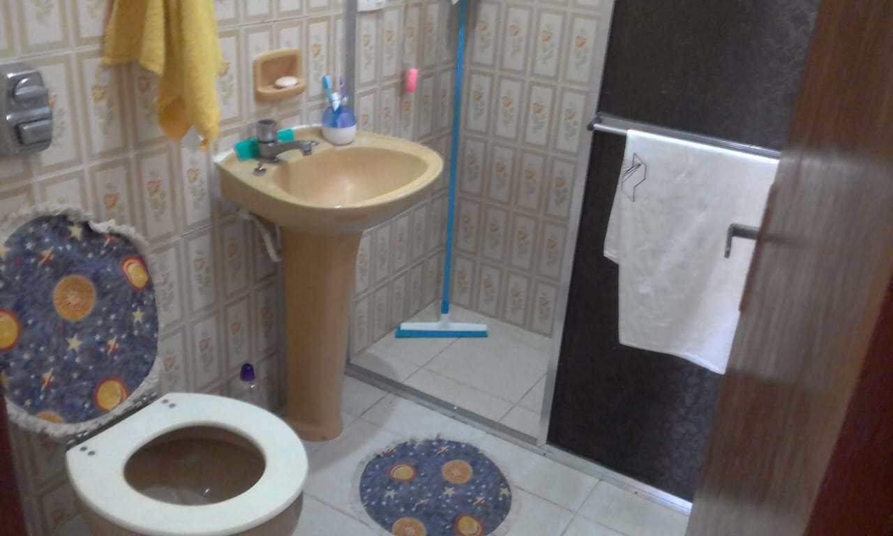 Casa com 3 dorms, Balneário Nova Itanhaém, Itanhaém - R$ 400 mil, Cod: 5326