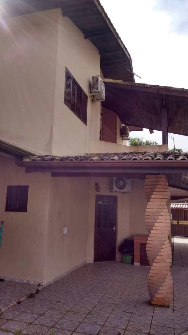 Sobrado com 3 dorms, Praia do Sonho, Itanhaém - R$ 650 mil, Cod: 5339