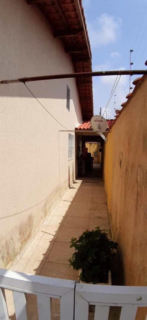 Casa com 4 dorms, Jardim Grandesp, Itanhaém - R$ 380 mil, Cod: 5358