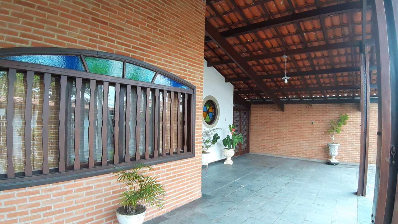 Casa com 3 dorms, Jardim Itapel, Itanhaém - R$ 430 mil, Cod: 5410