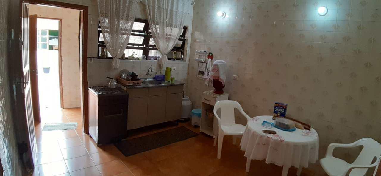Casa com 2 dorms, Jardim Santa Terezinha, Itanhaém - R$ 220 mil, Cod: 5431