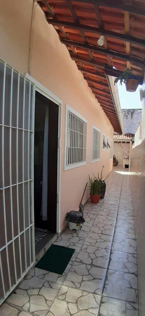 Casa com 2 dorms, Campos Elíseos, Itanhaém - R$ 220 mil, Cod: 5504