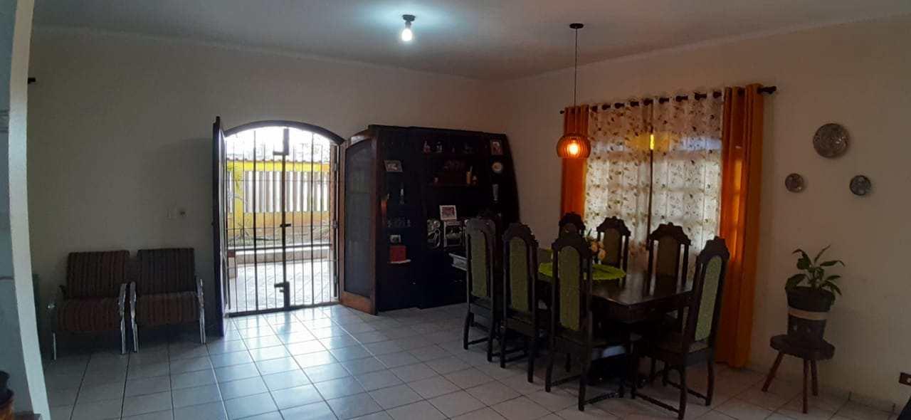 Casa com 3 dorms, Gaivotas, Itanhaém - R$ 550 mil, Cod: 5525