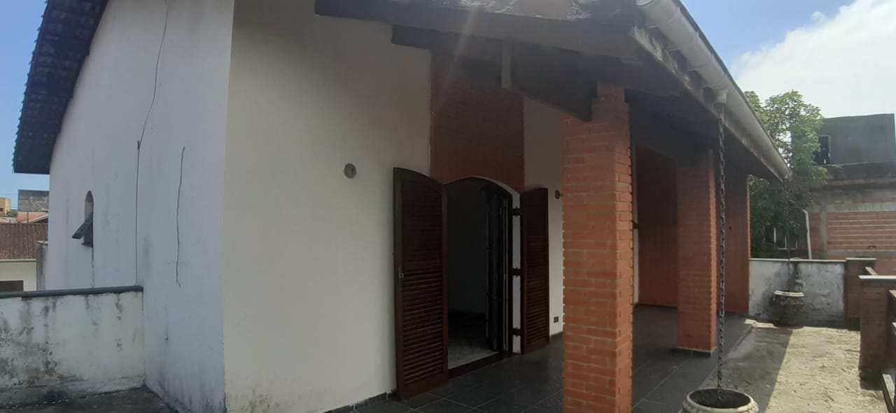 Sobrado com 3 dorms, Belas Artes, Itanhaém - R$ 500 mil, Cod: 5561