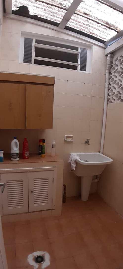 Casa com 3 dorms, Centro, Itanhaém - R$ 600 mil, Cod: 5577