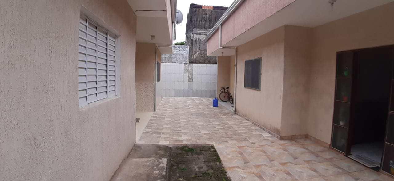 Casa de Condomínio com 2 dorms, Jardim Umuarama, Itanhaém - R$ 200 mil, Cod: 5596