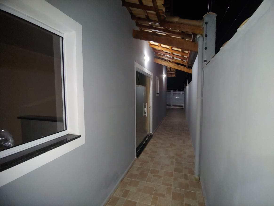 Casa com 2 dorms, Jardim Grandesp, Itanhaém - R$ 299 mil, Cod: 5602