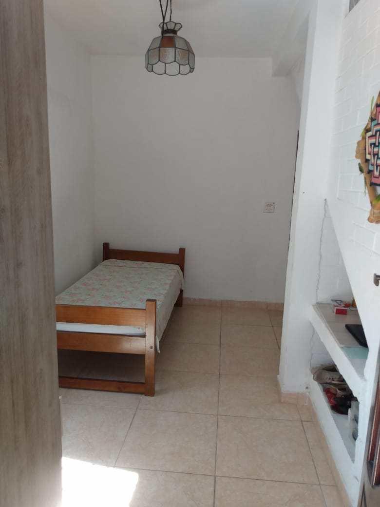 Casa com 2 dorms, Jardim Regina, Itanhaém - R$ 248 mil, Cod: 5618
