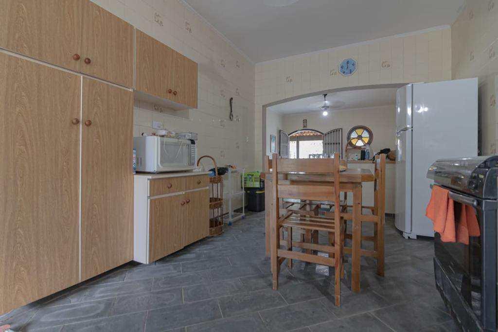 Casa com 2 dorms, Jardim Jamaica, Itanhaém - R$ 320 mil, Cod: 5619