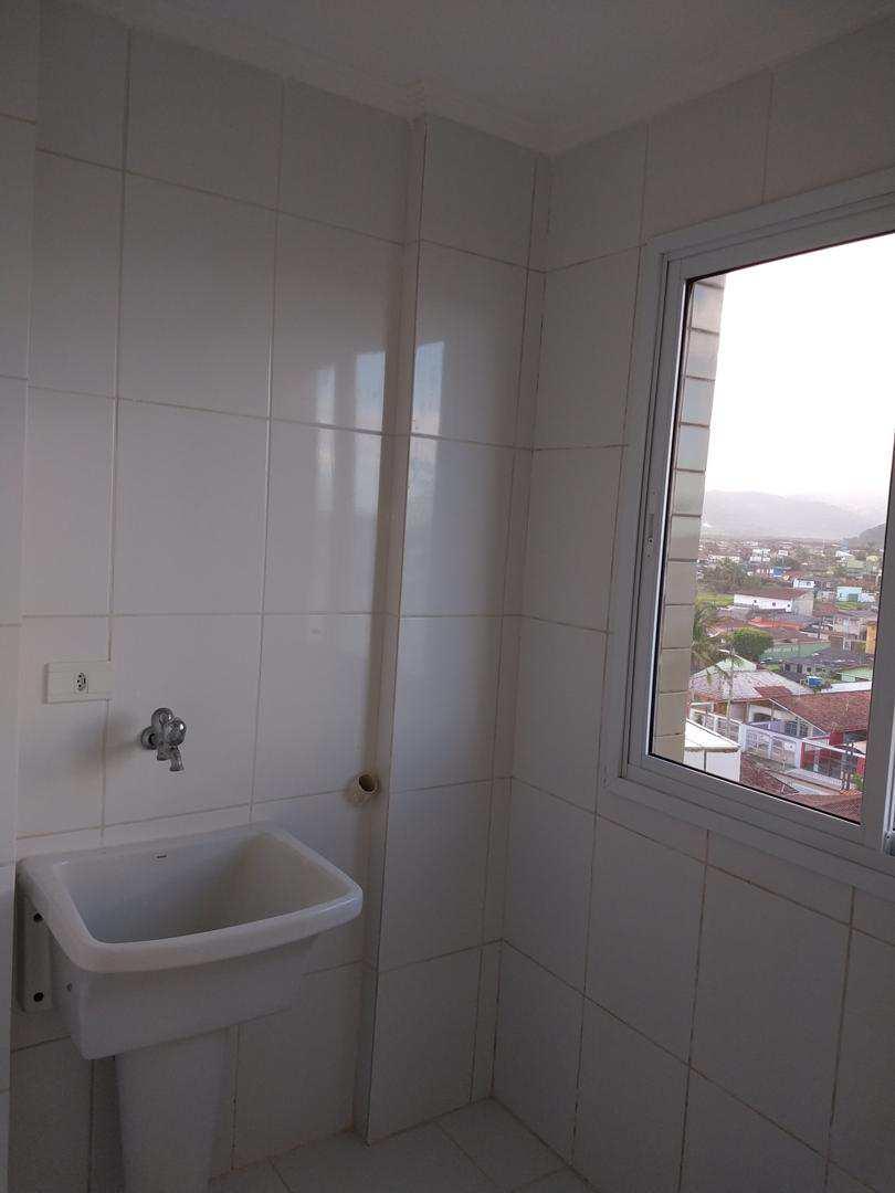 Cobertura com 2 dorms, Vila Dinopolis, Mongaguá - R$ 380 mil, Cod: 286770