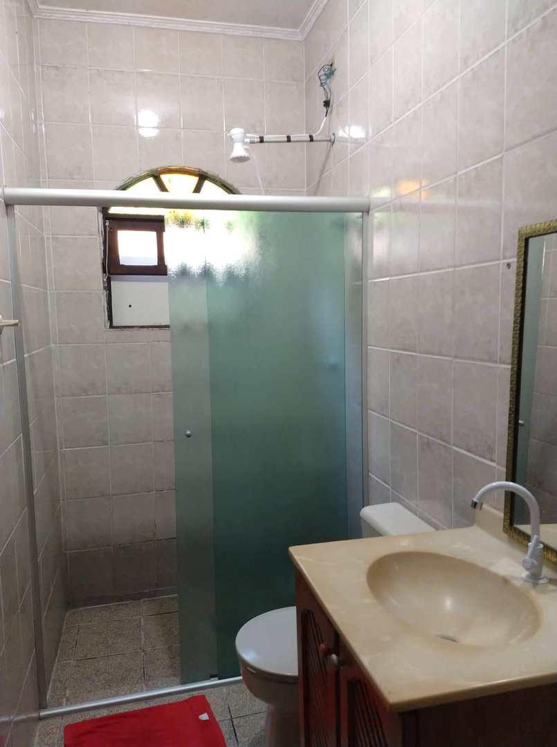 Casa com 3 dorms, Vila Anhanguera, Mongaguá - R$ 230 mil, Cod: 286809