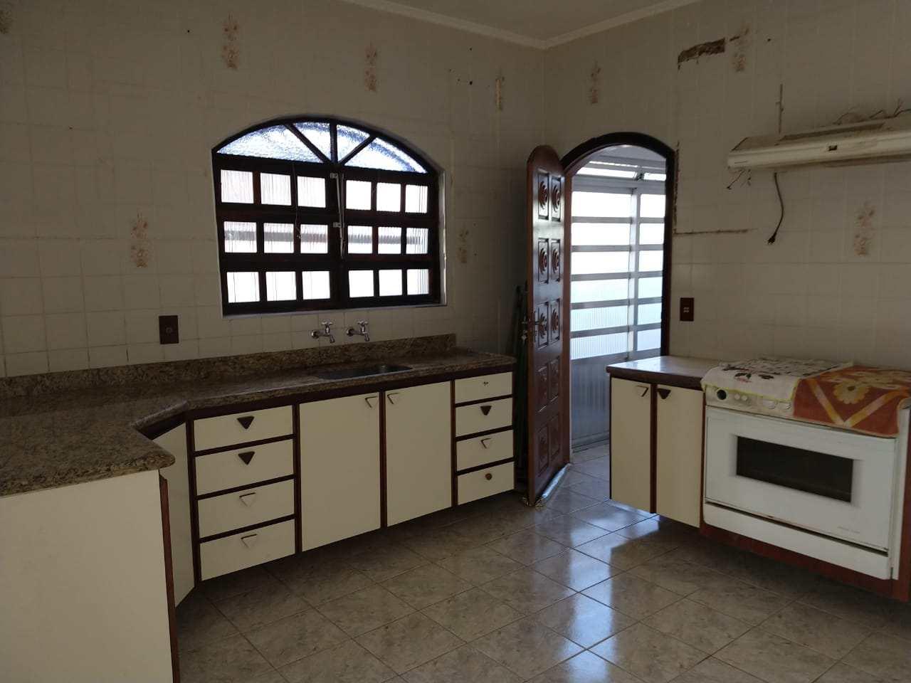Casa com 2 dorms, Parque Marinho, Mongaguá - R$ 188 mil, Cod: 286825