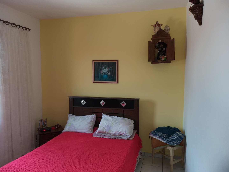 Sobrado com 3 dorms, Vila Atlântica, Mongaguá - R$ 280 mil, Cod: 286891